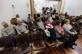 Las imágenes del debate sobre el futuro albergue municipal