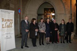 La reina Sofía visita en Palma la muestra 'El viaje de Ramon Llull'