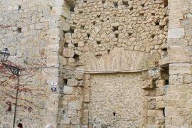 La restauración de la Cartoixa desvela las pésimas condiciones del tejado