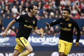 El Atlético resurge en Pamplona con dos chispazos en dos minutos