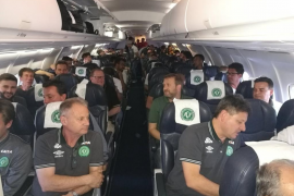 Las últimas imágenes de los jugadores del Chapecoense desde el mismo avión