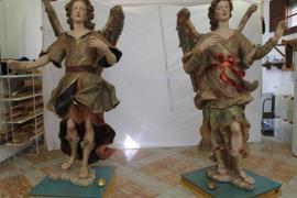 Los ángeles del Llit de la Mare de Déu de Binissalem 'vuelan' solos