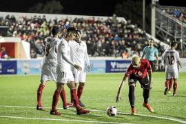 El Sevilla marca el territorio desde el minuto 1