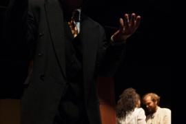 Iguana Teatre lleva al Teatre del Mar al interior más oscuro del ser humano con 'Ricard 3'