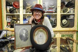 Sombrerería Bonet, 100 años de belleza en la cabeza