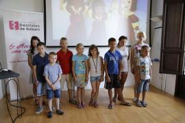 El Govern destinará 7.100 euros a niños de Chernóbil para sus vacaciones en Mallorca