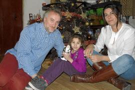 El padre de Nadia dice que devolverá el dinero tras destaparse la supuesta estafa