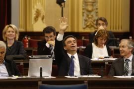 Vidal (PP) pide que «los líos internos de Podemos no afecten a las instituciones»