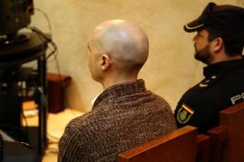 Condenado a ocho años de cárcel por robar en apartamentos de El Toro y prenderles fuego