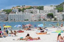 Los hoteleros de Peguera y Santa Ponça adelantan el inicio de la temporada 2017
