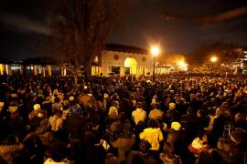 Al menos 36 muertos tras el incendio en un concierto en Oakland