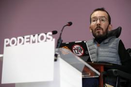 Podemos denuncia la violación sistemática de la Constitución por parte de PP y PSOE
