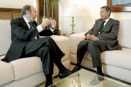 Rubalcaba: «El relato de Marruecos sobre lo ocurrido en El Aaiún refuta las acusaciones»