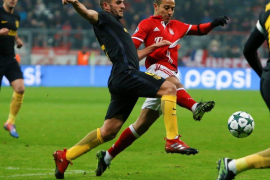 Un gol de falta de Lewandowski derrota al Atlético ante el Bayern