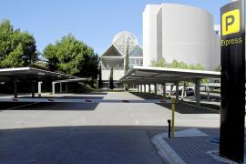 El Parking Express de Son Sant Joan, más cerca de las llegadas pero más caro