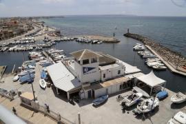 El Parlament, contra la ampliación del puerto del Molinar