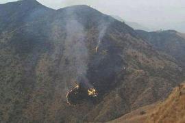 Recuperan 36 cadáveres del avión siniestrado en Pakistán con 48 personas en su interior