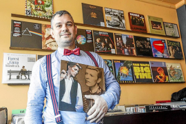 Un oasis musical repleto de discos de vinilo actuales y de segunda mano