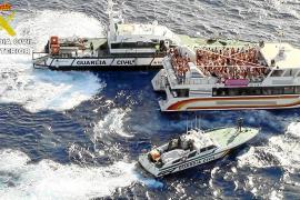Madrid advierte al Govern que no puede impedir 'party boats' en aguas exteriores
