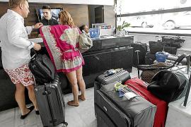 Los hoteleros critican al Govern y dicen que se complica el pago de la ecotasa