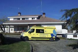 Dos agentes rescatan a seis personas, entre ellas dos niños, de un incendio en Salamanca
