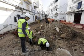 Hieren de una pedrada a otro trabajador de las obras de la calle Barcelona de Ibiza