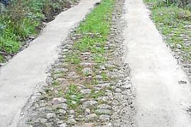 Denuncian la pavimentación con cemento del Camí Vell de Palma