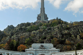 Foros por la Memoria pide la voladura de la cruz del Valle de los Caídos