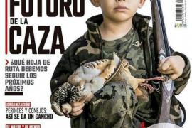 Polémica por la portada de 'Jara y Sedal' en la que aparece un niño con una escopeta