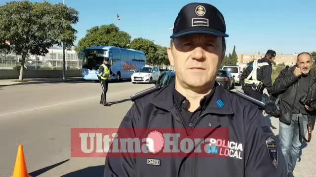 La Policía Local inicia la campaña para prevenir el consumo de alcohol entre los conductores en Navidad