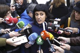 En libertad sin medidas cautelares los cinco detenidos por quemar fotos del Rey en la Diada catalana