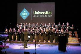 Los coros de la UIB y Simón Andreu cantan a la Navidad
