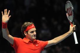 Federer se estrena en el  Masters ganando a un combativo Ferrer