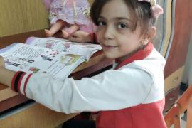 Evacuada de Alepo Bana Alabed, la niña siria que contaba la guerra desde Twitter