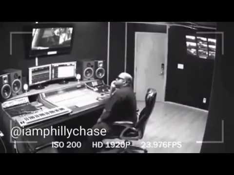 Al rapero CeeLo Green le explota el móvil junto al oído y lo deja inconsciente