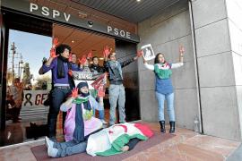 Diputados y militantes del PSOE critican al Gobierno por el Sáhara