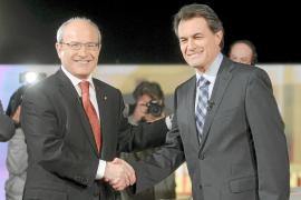José Montilla y Artur Mas pactan celebrar hoy un debate cara a cara en TV3