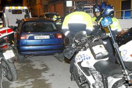 Un conductor atropella en Palma a dos policías locales tras darse a la fuga