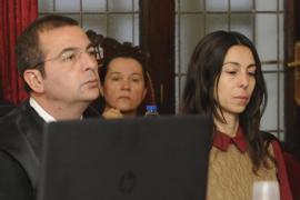 La policía Raquel Gago ingresa en prisión por el asesinato de Isabel Carrasco