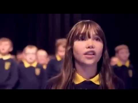 Una joven con autismo estremece las redes sociales con su interpretación de 'Hallelujah'
