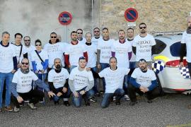 La policía de Marratxí protesta en el pleno por el cambio de sus condiciones laborales