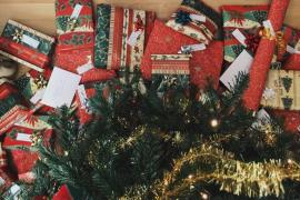 El exceso de regalos en Navidad sobreestimula a los niños