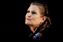 La actriz Carrie Fisher se encuentra estable en cuidados intensivos tras sufrir un infarto