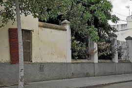 Vecinos de Manacor recogen firmas para pedir un espacio cubierto que permita actos culturales