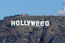 Cambian el emblemático cartel de Hollywood por 'Hollyweed' en Año Nuevo