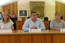 El Ajuntament adjudica contratos a ex altos cargos del Govern de Bauzá