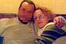 La madre del niño hallado en una maleta iba a dejar su casa antes de ser detenida
