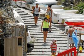 Una inversión de 256.000 euros permitirá reordenar los accesos a la cala de Deià