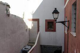 Los últimos desalojados de sa Penya exigen un alquiler social en la isla