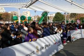 Un millar de niños participan en la Carrera Infantil de Reyes en el Parc de Ses Estacions